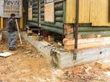 Ремонт и замена фундамента, замена гнилых венцов, подъем и перенос домов, усиление берега