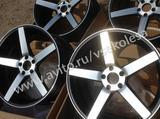 Комплект новых дисков R20 дизайн Vossen CV3